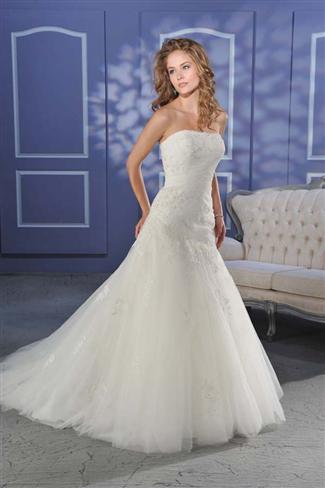 Bonny Bridal Gown - 016 (Bonny Bridal Gowns)