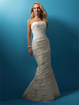 Buy Alfred Angelo Bridal Gown – 2099
