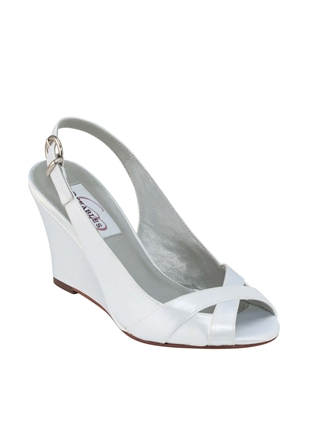 Buy Dyeables Bridal Shoe – Coleen