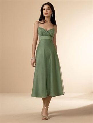 Alfred Angelo Bridesmaid Dress with sizes 14 12 10 in Clover – ID6556