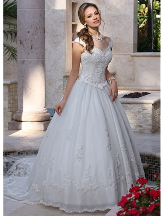 DaVinci Bridals Bridal Gown - 8009 (DaVinci Bridals Bridal Gowns)