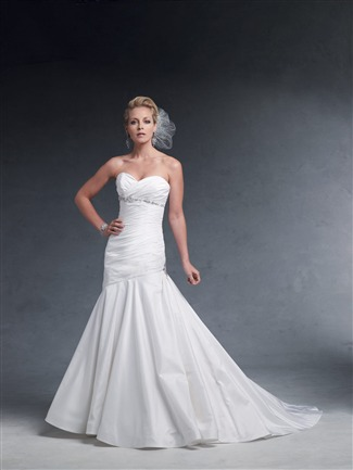 Buy James Clifford Couture Bridal Gown – J1961