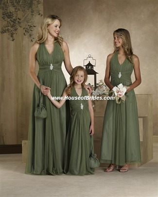 Forever Yours Bridesmaid Dress with sizes 12 10 8 in Clover – ID78118