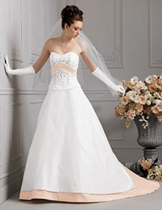 Buy Jordan Bridals Bridal Gown with sizes 6 4 2 in Diamond White – IDM657