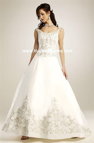 Buy Eden Bridals Bridal Gown with sizes 10 8 6 in Ivory – ID1181A