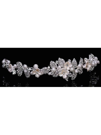 En Vogue Bridal Accessories Tiaras Style T1601 | House of Brides