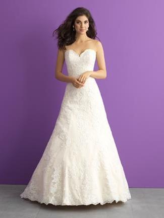 37c572f43b House of Brides - Plus Size Wedding Dresses