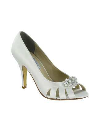 Liz Rene Couture Shoes Style Janet 701 | House of Brides